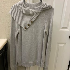 Grey Sweater with brown buttons